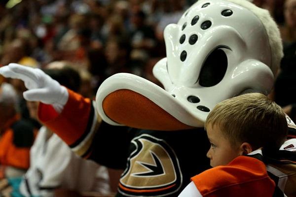 22 февраля 2016. Хоккей, NHL. Анахайм - Калгари. Прогноз и ставка на матч