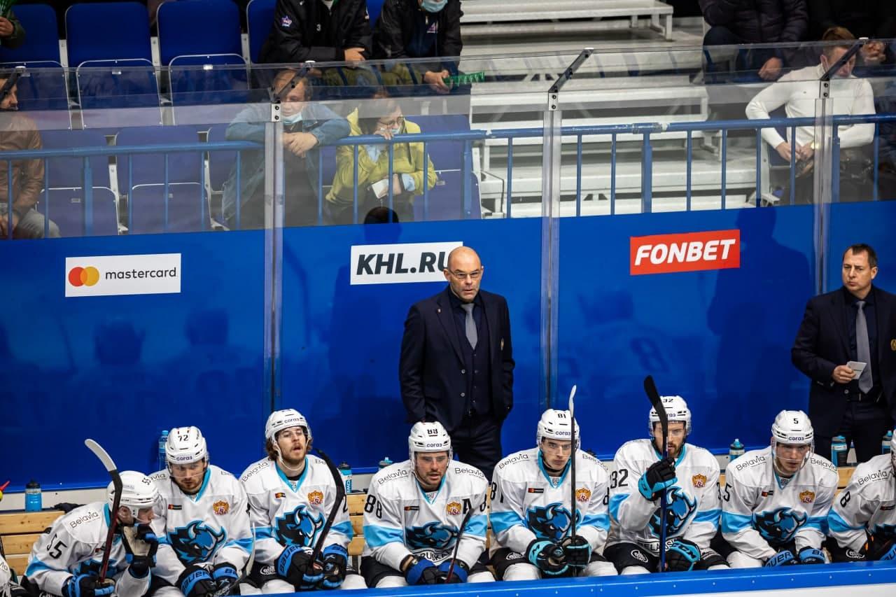 https://img.allhockey.ru/files/news2021/Vudkroft8.jpg